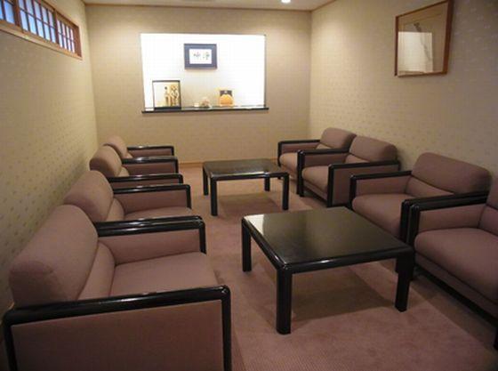 授乳ご希望のお客さまにお使いいただけるスペースです。